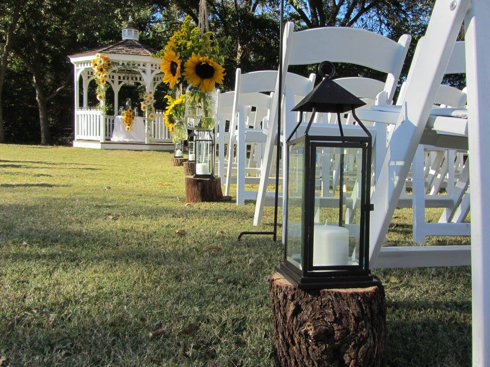 Country and rustic outdoor wedding decoration ideas junglespirit Image collections