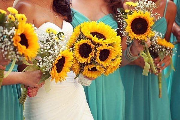 Sunflowers as outdoor wedding decor