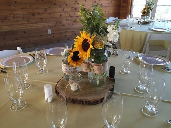 sunflower as outdoor wedding decor